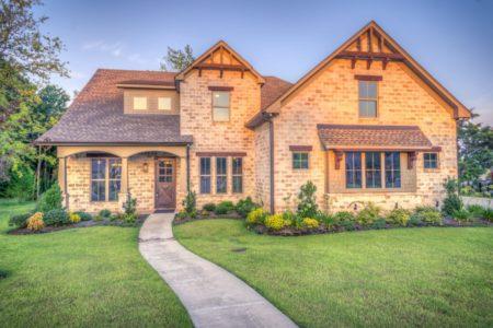 achat-immobilier-choisir-une-maison-maison-ou-appartement-logifinances